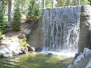 Ponderosa Falls Resort